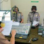 Cegah Bunuh Diri, Polres Sampaikan Himbauan Melalui Radio